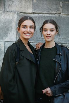#AndreeaDiaconu & #DianaMoldovan by Claire Guillon #pfw #streetstyle #street #style #fashion