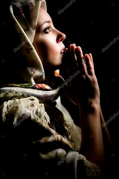 Portrait of beautiful praying girl with old russian shawl on head. Maria Tattoo, State Of Grace, Praying Hands, Holy Mary, Female Faces, 3d Painting, Quiet Moments, Hand Art, Photo Retouching