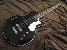 Waterstone Guitars TP-8 Tom Petersson 8strings Bass Black