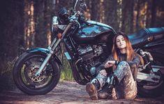 Есения ЕвдокимоваさんはInstagramを利用しています:「Все мы живем под одним небом, но горизонты у всех разные. #moto#honda#cb400#superfour#motopskov#motolife#motogirl」