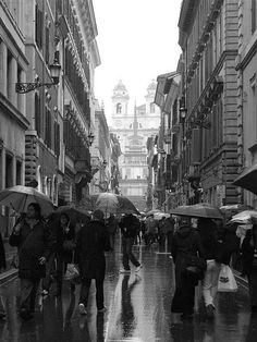 Via Condotti. One of the most famous shopping streets in Rome. This was an unusual raining afternoon, looking at Trinita dei Monti, Piazza di Spagna. Shopping Street, Montenegro, Paradise, Street View, In This Moment, Adventure, Places, Photos, Travel