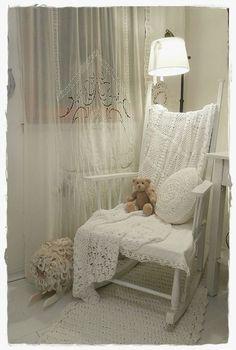 Shabby Chic for the corner in the master bedroom. www.dirtygirlfarm.com