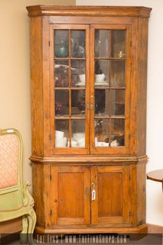 Amazing C 1830 S Curly Tiger Maple Corner Cabinet Cupboard Vintage Antique Cupboards And