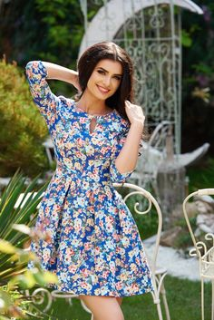 StarShinerS Colorful DarkBlue Dress, floral prints, 3/4 sleeves, with pockets, back zipper fastening, pleats of material, slightly elastic fabric Daily Dress, Fabric Textures, Summer Breeze, Dress Cuts, Clothing Patterns, Dark Blue, Floral Prints, Colorful, Gowns
