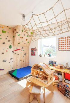 Create the Ultimate Playroom Awesome indoor climbing wall in this playroom!Awesome indoor climbing wall in this playroom! Playroom Design, Kids Room Design, Playroom Decor, Bedroom Decor, Kid Playroom, Gym Design, Indoor Playroom, Children Playroom, Playroom Storage