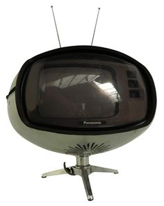 Panasonic TR-005 Orbital TV | 1970s MCM TV. Image from V (Vintage and Modern).
