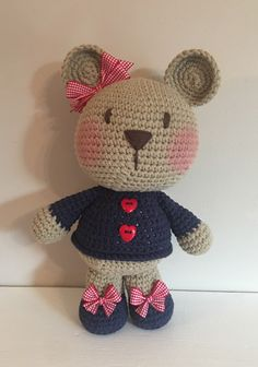 This Pin was discovered by Mer Crochet Amigurumi, Crochet Bear, Cute Crochet, Amigurumi Doll, Crochet Animals, Knitted Dolls, Crochet Dolls, Crochet Hats, Art Au Crochet