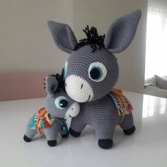 Amigurumi Crochet Donkey Free Pattern - Amigurumi Free Patterns and Amigurumi TutorialsWe are again with the most beautiful amigurumi recipes and visuals. We offer all the support you need to perform the art of Amigurumi. Crochet Diy, Crochet Amigurumi, Crochet Bunny, Crochet Animals, Crochet Crafts, Crochet Dolls, Crochet Projects, Amigurumi Toys, Crochet Ideas