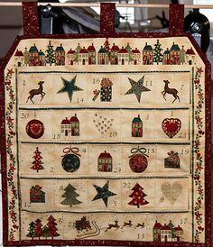 Adventný kalendár Advent Calendar, Antiques, Holiday Decor, Handmade, Home Decor, Scrappy Quilts, Homemade Home Decor, Hand Made, Antiquities