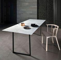 Ultra dunne marmeren tafel van Piero Lissoni - Roomed | roomed.nl