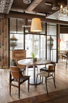 The Plough by Harrison Design Restaurant and Bar Design Awards - Entry Bar Design Awards, Restaurant Bar, Restaurant Design, Home Office Design, House Design, Design Design, Restaurants, Harrison Design, Ideas Prácticas
