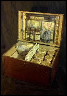 """The Curwen Chest. From H.P. Lovecrafts  """"The Case of Charles Dexter Ward.""""  LOVE IT!"""