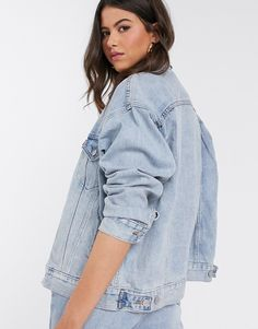 Shop Levi's dad trucker jacket in blue at ASOS. Demin Jacket, Asos, Wardrobe Staples, Latest Trends, Fashion Outfits, Denim, Point Collar, Jackets, Shopping