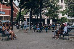 19 lugares en La Habana para navegar por la Wi-Fi #wifi #wi-fi #habana… http://www.cubanos.guru/19-lugares-la-habana-navegar-la-wi-fi/