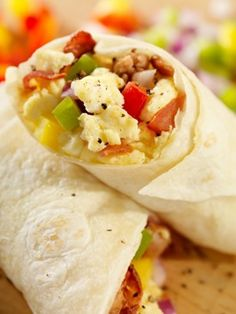 Low Carb Western Scramble Wrap from Muscle and Fitness Hers