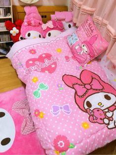 NEED this My Melody bedroom decor!!!