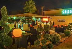 Saxo, discotheek met loungebar en terras in #Moraira. In de zomer dagelijks geopend. Buiten het seizoen in de weekenden.