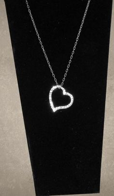 "Heart Pendant w/16"" Chain"