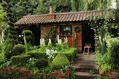 Voorbeelden tuin: cottage tuin voorbeeld.