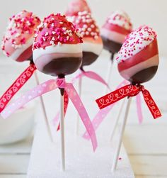 Food Decorating and Design: Fancy Chocolate Strawberry Pops  Fancy and Delicious... Recipe is attached...
