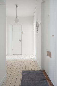 decoración suelos blancos madera decoración sencilla y funcional decoración salones nordicos pequeños decoración pisos pequeños nordica decoración interiores pequeños pocos metros decoración dormitorios nórdicos pequeños decoración diseño interiores nórdico decoración blanco gris madera blog decoración nórdica