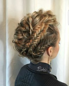 27 Super Trendy Updo Ideas for Medium Length Hair - beautiful hair styles for wedding Updos For Medium Length Hair, Wedding Hairstyles For Medium Hair, Up Dos For Medium Hair, Pretty Hairstyles, Medium Hair Styles, Braided Hairstyles, Curly Hair Styles, Braided Updo, Hair Medium