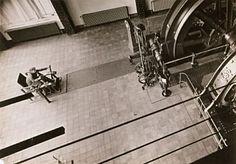 Max Burchartz   worker before machines c 1928 1930 max burchartz b 28