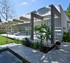 Jacobs-Yaniv Architects | Pathway House
