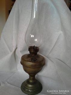 Régi petróleum lámpa Lighting, Home Decor, Decoration Home, Room Decor, Lights, Home Interior Design, Lightning, Home Decoration, Interior Design