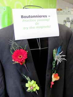 Prom Boutonniere | all the latest prom flower styles, practice pinning on boutonnieres ...