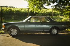 Mercedes W123 coupe 1980