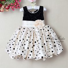 $5 2013 New Year Infant Girl Princess Dress Black and Beige Color Girls Floar 6PCS/LOT Infant Party Dress Baby Clothes H121115 8-in Dresses from Apparel  Accessories on http://Aliexpress.com $5 Deal