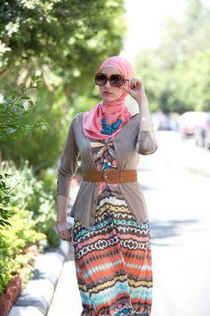 hijab maxi dress  Spring maxi dresses by Maleeka http://www.justtrendygirls.com/spring-maxi-dresses-by-maleeka/