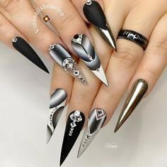Best Stiletto Nails Designs, Ideas and Tips For You Black And White Nail Designs, Simple Nail Designs, Beautiful Nail Designs, Nail Swag, Black Nails, White Nails, Perfect Nails, Gorgeous Nails, Nail Polish Designs