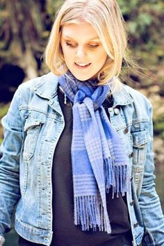 This alpaca scarf makes a stylish fashion accessory for any outfit! The unisex style makes it a must have for dressing up or dressing down for the fashionable man or woman.
