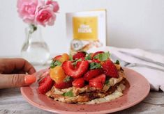 Low FODMAP | Gluteenittomat letut | Tasapainoavatsalle.fi Lchf, Avocado Toast, Waffles, Protein, Strawberry, Fruit, Breakfast, Low Fodmap, Food