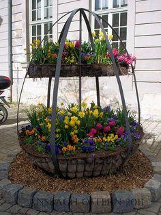 Ostern in Ansbach, Blumen, Frühlingsdekorationen in der Stadt, Flowers, eastern