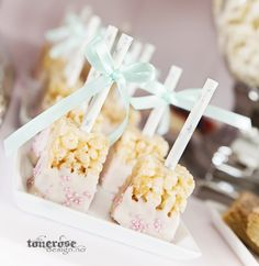 rice_krispie_treats_oppskrift Rice Krispie Treats, Rice Krispies, Marshmallows, Sweets, Desserts, Bb, Food, Ideas, Marshmallow