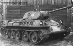 T-34 m 1940 with the post-war standard stowage layout