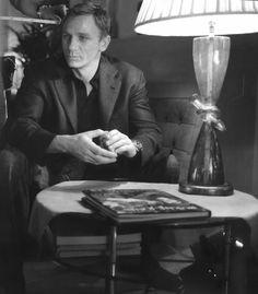 Photo by Samantha C Daniel Craig Style, Daniel Craig James Bond, Rachel Weisz, Daniel Stevens, Craig Bond, Daniel Graig, Actors, Gentleman, Aston Martin