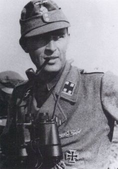 SS-Sturmbannführer Richard Schulze commander of the II./Panzer-Grenadier-Regiment
