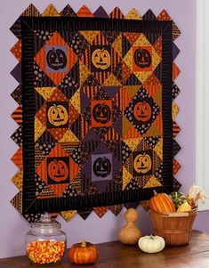 12 Halloween Wall Hanging Quilt Patterns | Hidden Treasure Crafts and Quilting