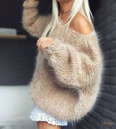 My timeless Lili Camel . Gros Pull Mohair, Wooly Bully, Angora Sweater, Knitwear Fashion, Mode Outfits, Cozy Sweaters, Mode Style, Sweater Weather, Crochet Clothes