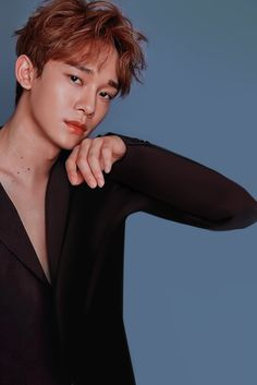 baek puts stars to shame EXO Season's Greetings 2019 // Chen Baekhyun, Exo Kai, Park Chanyeol, Daejeon, Kris Wu, Pelo Ulzzang, Tao, Korea, Exo Official