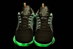 new style 3e073 693d9 New Womens Kobe 11 Elite All Star Glow In The Dark For Big Boys Popular  Shoes