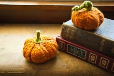 #Free Pattern; knit; pumpkin  ~~