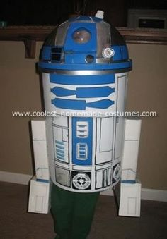 R2D2 Costume: This R2D2 costume was a very simple, inexpensive costume to make, but it got really great reactions from everyone.  We purchased a garbage can with a dome