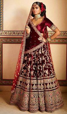 Latest Bridal Lehenga Designs by Sabyasachi - Fashion Foody Designer Bridal Lehenga, Latest Bridal Lehenga Designs, Bridal Lehenga Choli, Pakistani Bridal, Sabyasachi Lehenga Bridal, Choli Dress, Bollywood Lehenga, Indian Wedding Wear, Indian Bridal Outfits