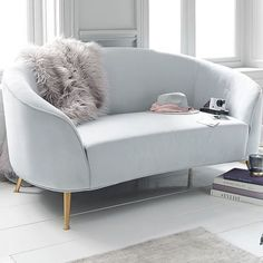Living room designs on a budget chairs 43 Ideas Small Couch In Bedroom, Bedroom Couch, Bedroom Sets, Living Room Furniture, Bedroom Decor, Living Room Decor On A Budget, Living Room Modern, Living Room Designs, Bedroom Modern