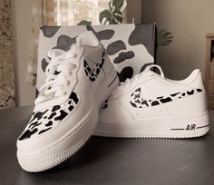 Check out our custom air force 1 selection for the very best in unique or custom, handmade pieces from our shoes shops. Zapatillas Nike Air Force, Air Force One Shoes, Custom Air Force 1, Nike Air Shoes, Aesthetic Shoes, Hype Shoes, Fresh Shoes, Look Vintage, Cow Print
